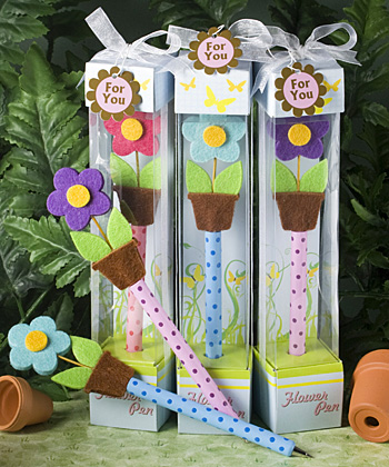 Ultra Cute flower pen favors