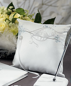 Love Bird Ring Pillow