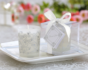 Scented Frosted Glass Votive- Hearts & Vines-