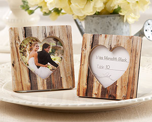 &quot;Rustic Romance&quot; Faux-Wood Heart Place Card Holder/Photo Frame