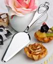 Heart design cake/pastry server favors