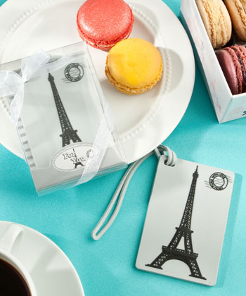 Eiffel Tower luggage tag favors