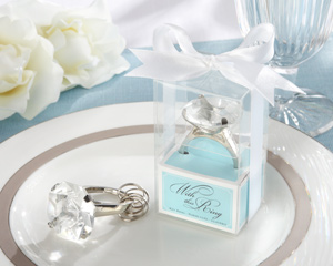 With this Ring Engagement Ring Keychain in Blue Gift Box