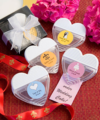 Personalized Expressions Collection heart shaped magnetic memo clip favors